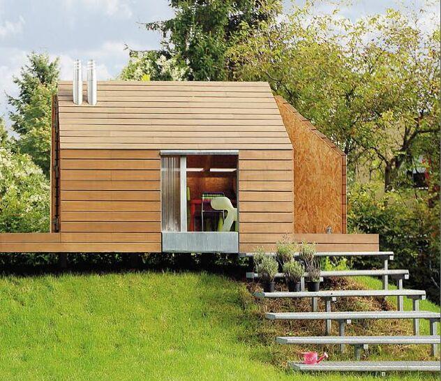 Domek dla dzieci w ogrodzie