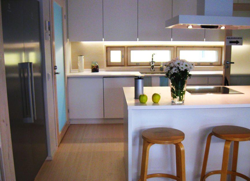 Galeria zdjęć  Aranżacje kuchni w skandynawskim stylu  dla lubiących minima   -> Aranżacja Kuchni Z Niskim Oknem