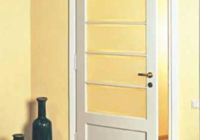 Wymiana drzwi wewnętrznych. Jak w czasie remontu wymienić ościeżnice drzwiowe?
