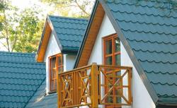 Pokrycie dachowe z blachodachówki. Czy rzeczywiście jest lekkie i tanie?