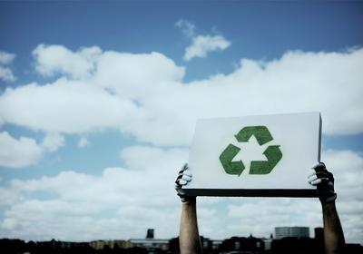 Beton komórkowy – materiał do budowy ciepłych i energooszczędnych ścian. Poznaj właściwości materiału przyjaznego dla ludzi iśrodowiska.