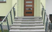 Schody zewnętrzne do domu. Co zamiast schodów żelbetowych?