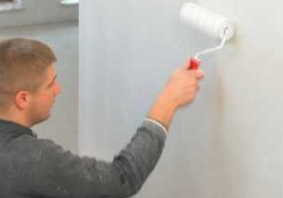 Prace malarskie. Przygotowanie ścian do malowania
