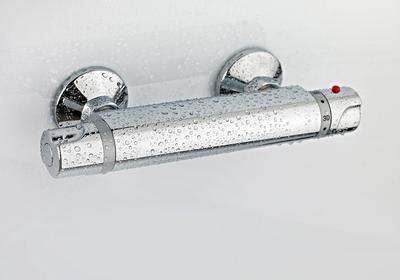 Baterie termostatyczne – gdzie warto je zainstalować, gdzie z nich zrezygnować?