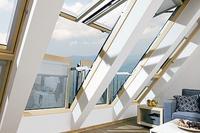 Zaproś świat do domu dzięki oknom dachowym balkonowym